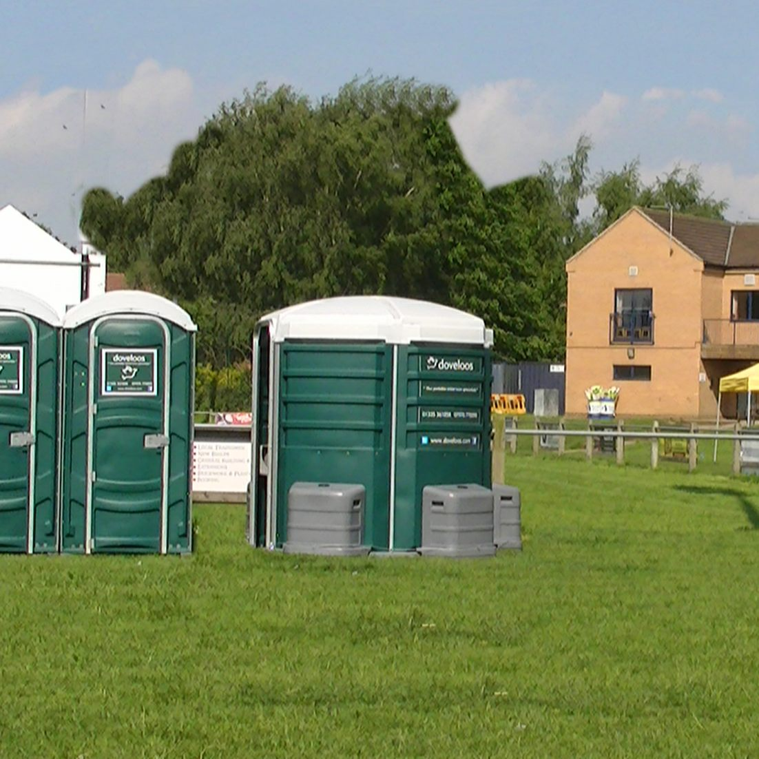 Dove Loos Portable Toilet Hire In Derbyshire Loo Hire